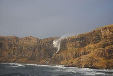 Skye - Talisker Bay waterfall